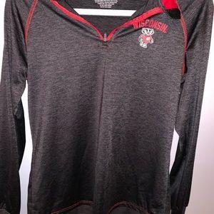 Jackets & Blazers - wisconsin pull over sweatshirt